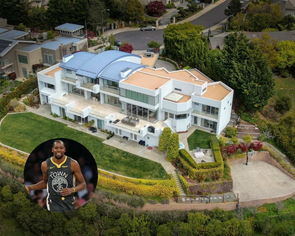 Kevin Durant's home has the obligatory basketball court