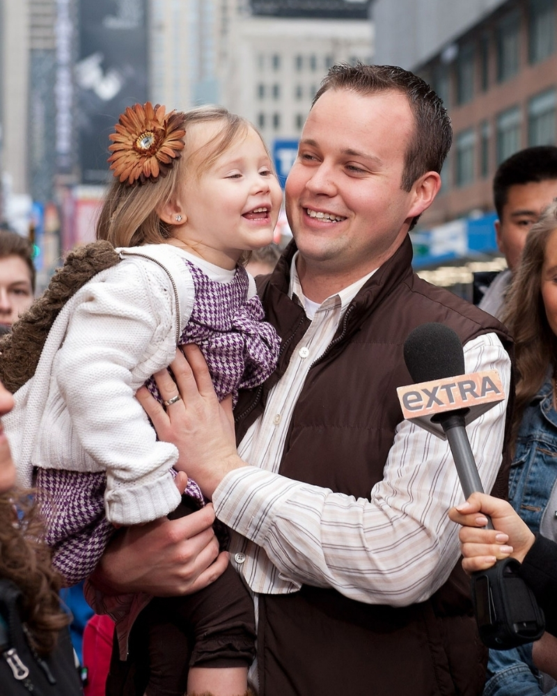 An adult movie star accused Josh Duggar of behaving inappropriately