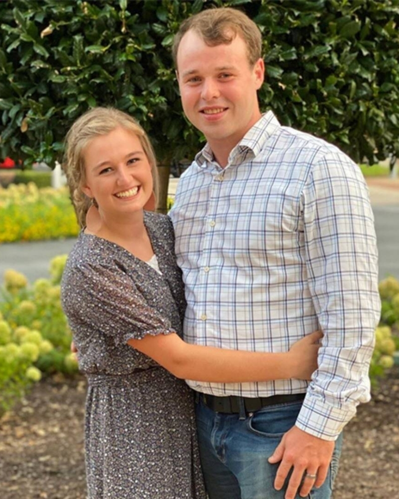 Some people believe that Joe Duggar stole his wife from his brother