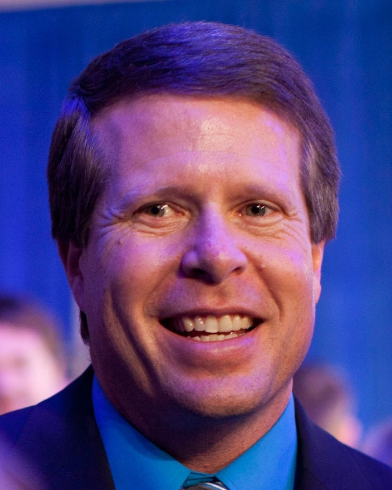 Reports claim that Jim Bob Duggar is in charge of all the contracts on Counting On